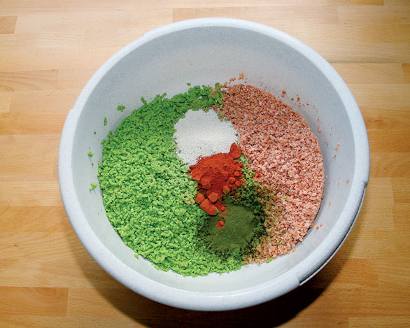 "Because we process both peas and shrimps in the frozen state, the material is left to thaw in a suitable space (beware of pets or put in the fridge!) and then supplemented with the ""spices"" (dry ingredients)."