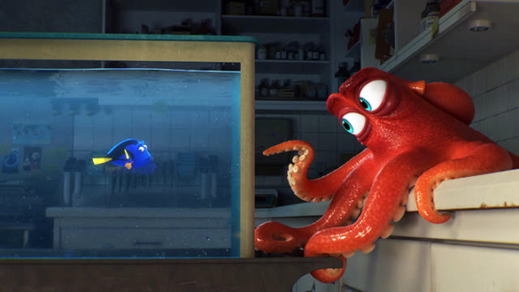 "Scene from ""Finding Dory,"" with a message that marine life in aquariums should be released."