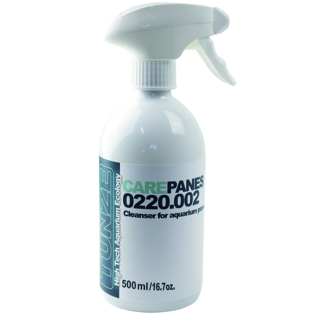 TUNZE Care Panes is available in a 500 ml spray bottle.
