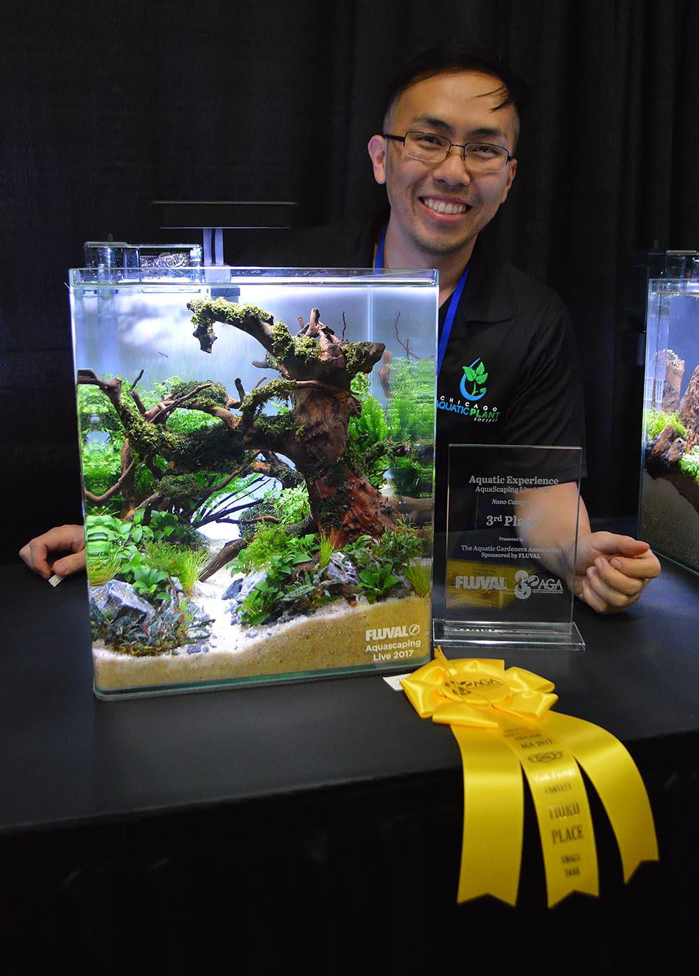 Aquascaper Vang Thao is beaming with the news that his small tank entry earned a well-deserved 3rd place recognition in a field of 30 participants.