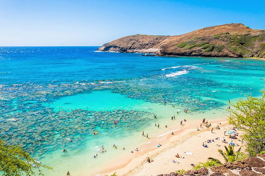 Snorkeling paradise Hanauma bay, Oahu, Hawaii. Image Credit Eddy Galeotti/Shutterstock