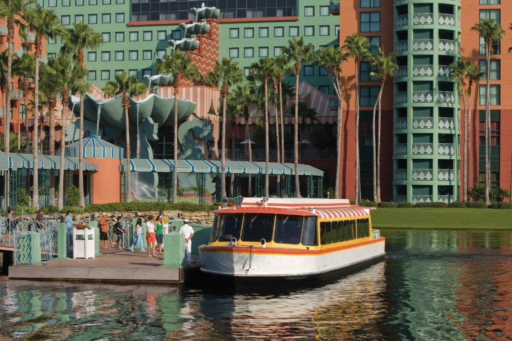 Those staying with us enjoy Extra Magic Hours* which means additional early and late access to the Disney Parks, and you can take a special water taxi from our hotel straight into the park.
