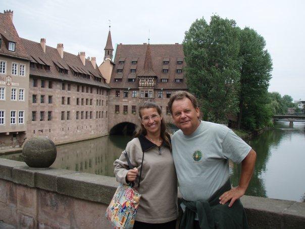 """Bob with Wet Web Media collaborator Michelle Lemech at Interzoo in Nuremberg. Bob's caption: """"Deutschlund Deutschlund, where da hell are da biers!"""""""